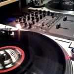 Πέντε πράγματα που δεν πρέπει να πεις ΠΟΤΕ σε έναν DJ