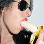 """Οι 10 πιο """"βρώμικες"""" απορίες γυναικών για το πέος!!!"""